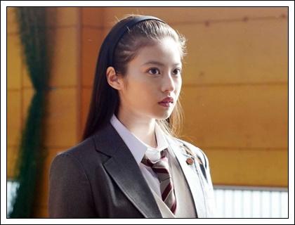 今田美桜の両親や兄弟・家族構成は?高畑充希やあびる優に似てる!?3